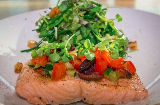 Rockwall, TX: Steamed organic salmon
