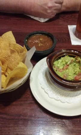 San Antonio Bar and Grill: fresh guacomole