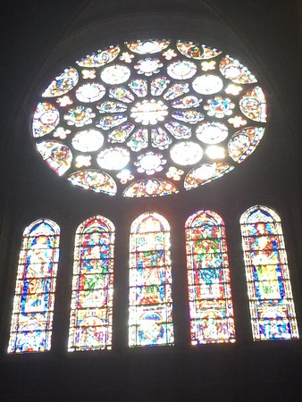 The South Rose Window On The Transept Picture Of Chartres