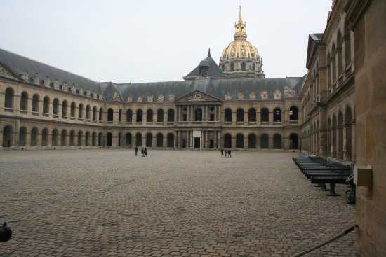 Cathedrale Saint Louis Des Invalides Les Interior Courtyard