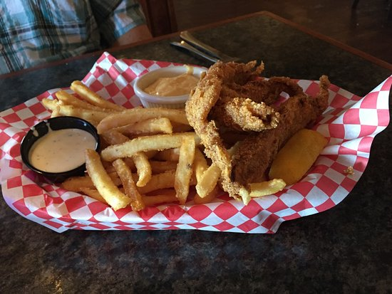 Butte, MT: Catfish in a Basket (Lunch Portion)