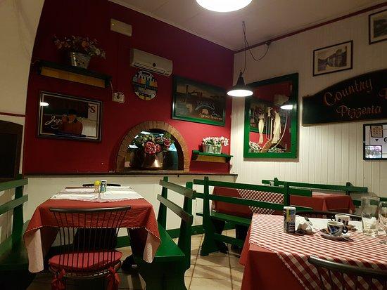 Ristorante Country Bengul 39 S In Genova Con Cucina Italiana