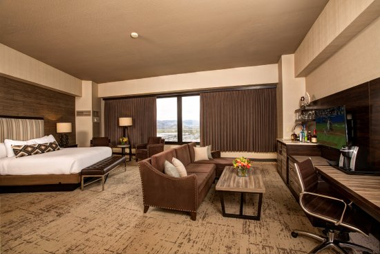New Bar King Suite Resort Tower Picture Of Nugget Casino Resort Sparks Tripadvisor