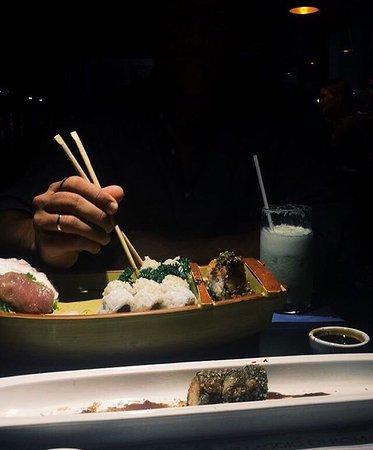 Tsuru's Sushi : Tudo maravilhoso, comida, atendimento, serviço. Limonada suíça sensacional!