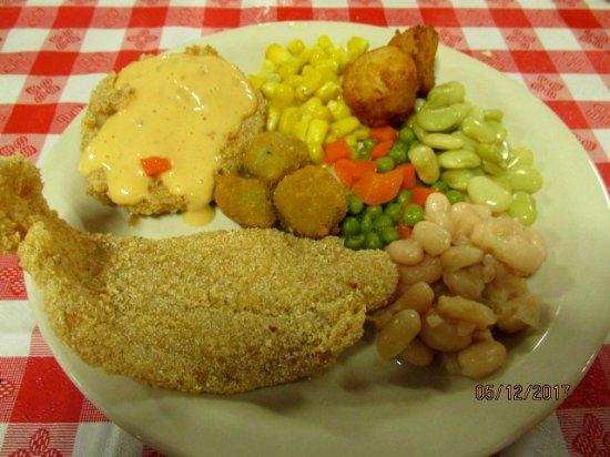 Dickson, TN: Lunch