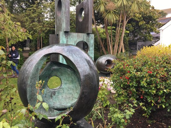 Barbara Hepworth Museum and Sculpture Garden: photo3.jpg