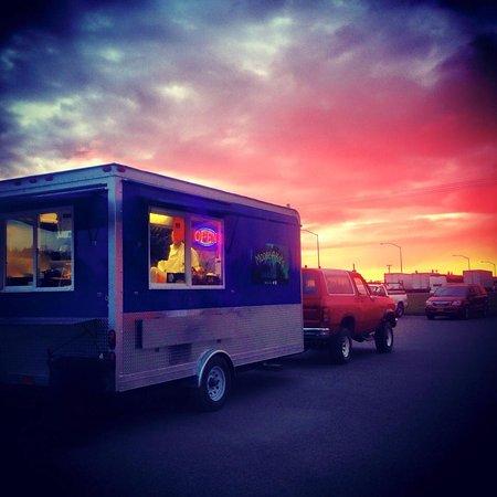 Moose-AKa's Food Truck