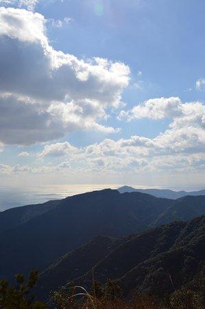 Saiki, Japan: 山も海も