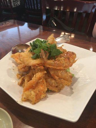Lotus of Siam: Garlic Prawns!!