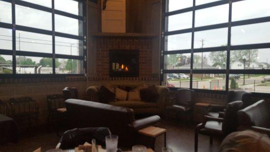 Morton, IL: 20170426_183523_large.jpg
