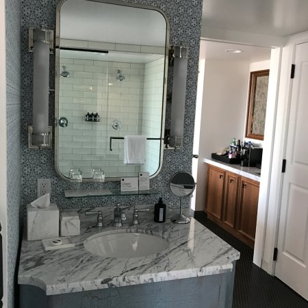 Bathroom suite picture of pendry san diego san diego tripadvisor - Bathroom design san diego ...