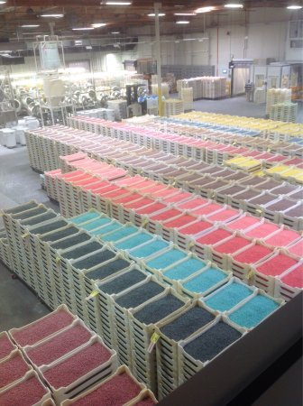 Jelly Belly Factory Tour: Trays and trays of Jelly Bellies
