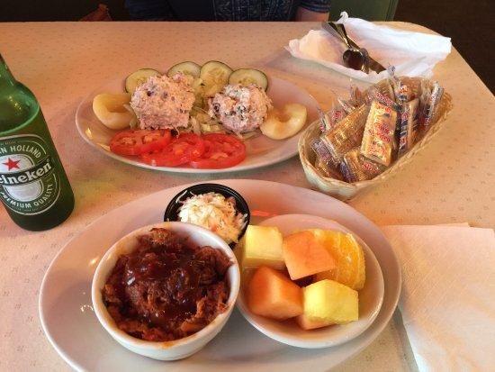 Salem, VA: Dinner is served