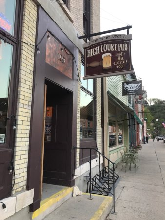 Lanesboro, MN: High Court Pub