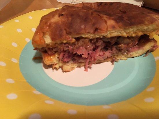 Middleton, MA: Roast Beef Sammie