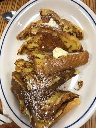 Ozone Park, NY: Cinnamin french toast with butter