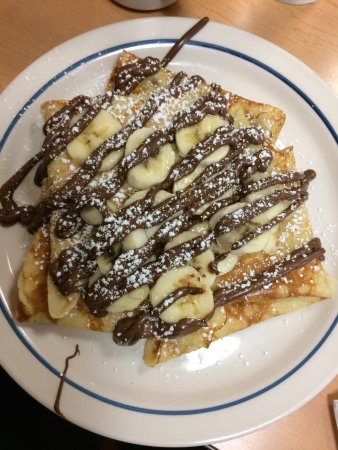 Ozone Park, NY: Banana crepes with nutella