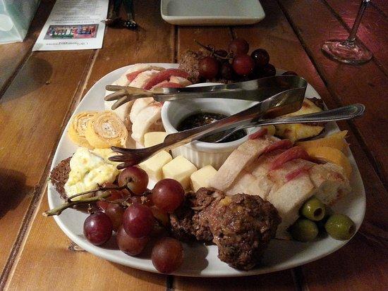 Winnsboro, TX: A delicious late lunch at Liefie Li Vine!
