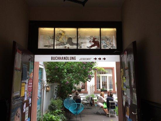 Lesecafe Frankfurt Am Main Sachsenhausen Nord Restaurant