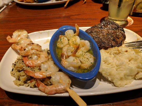 Red Lobster: Steak, Shrimp Scampi & Parmesan Shrimp W/Mashed Potatoes