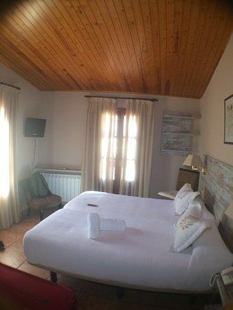Hotel Cuidado Con Habitaciones De Ensueno Vistas A La Montana Un - Habitaciones-de-ensueo