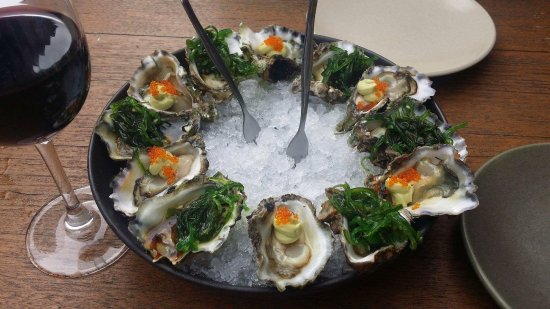 Tuncurry, Australien: Oysters with seaweed were beautiful