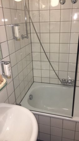 Ringhotel Altes Pfarrhaus Beaumarais: Very clean. Rooms need uplift. View is fine.