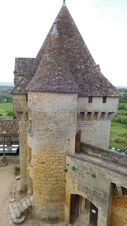 Biron, Francia: Towers at the chateau