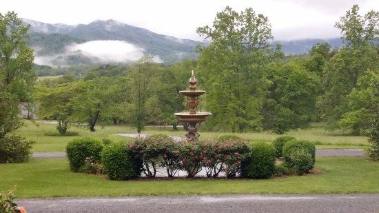 Nellysford, VA: Foggy rainy morning.
