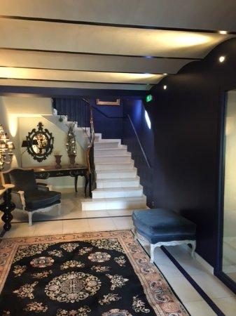 Vrigny, France : accès aux chambres