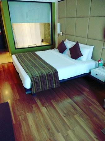 Ramada Navi Mumbai: Room No 707 ,. Neat And Perfect. Loved The Room