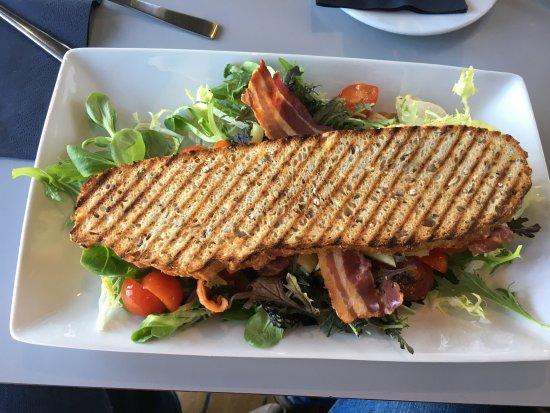 Ishoej, Dinamarca: grilled sanwich
