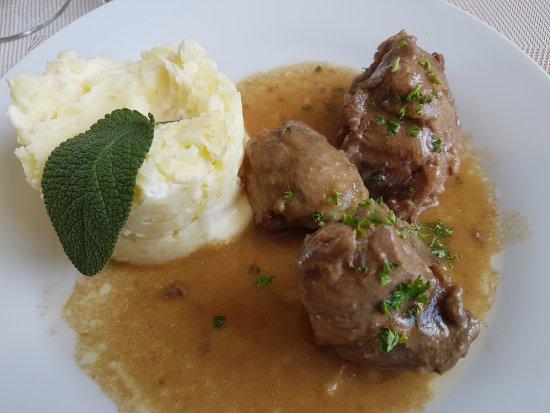 Seine-Maritime, Frankrike: Un plaisir de revenir dans ce restaurant. Menu à 15 € (entrée plat et dessert) un vrai délice.