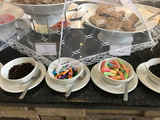 Protea Hotel Chipata: Large breakfast buffet