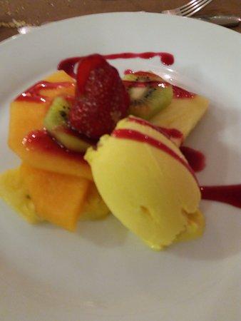Latitude 41: Frutta e gelato