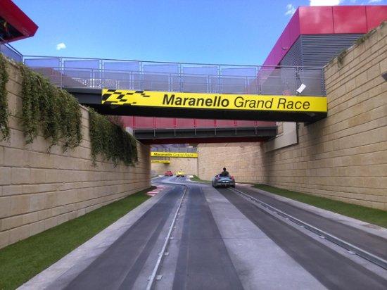 Maranello Grand Race Fotograf 237 A De Ferrari Land Vila