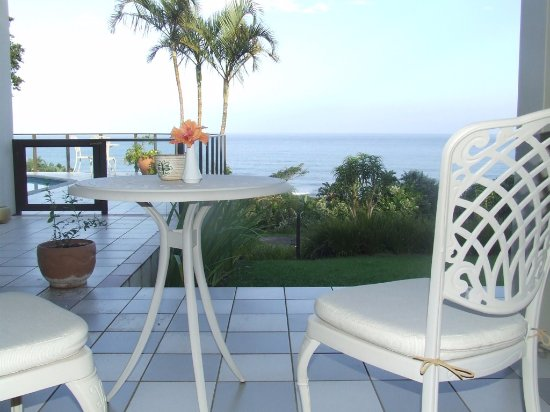 Glenmore Beach, Südafrika: View from the patio, outside the room