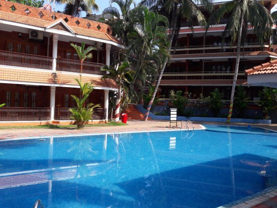Nice swimming pool picture of hotel jasmine palace kovalm trivandrum tripadvisor for Nice hotels with swimming pool