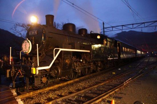 Shizuoka Prefecture, Japan: まさに「夜汽車」