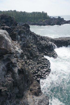 Daepo Haean Jusangjeolli Cliff: photo1.jpg