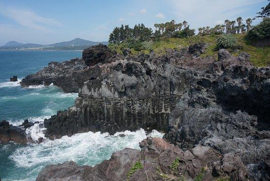 Daepo Haean Jusangjeolli Cliff: photo2.jpg