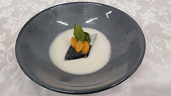 Hodelpa Nicolas de Ovando: Sopa de Coco con Pescado