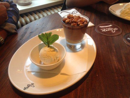 Ouderkerk aan de Amstel, Nederland: dessert