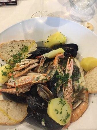 Fara Gera d'Adda, Włochy: Zuppa di pesce