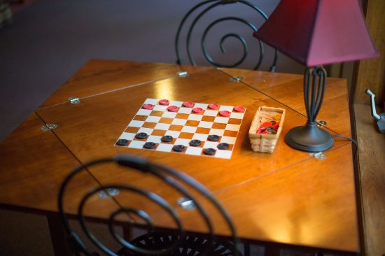 Ephraim, WI: Checker Table