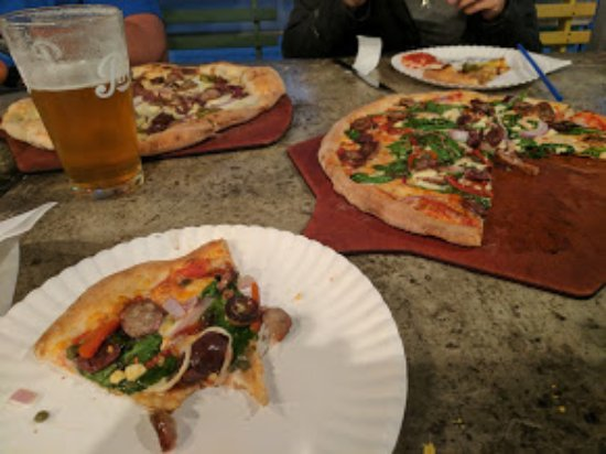 Jacks Wood Fired Oven: Pizza and Beer