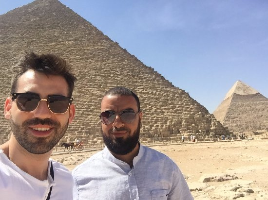 Egypt Day Tours : with Khaled heading to the Great Pyramid