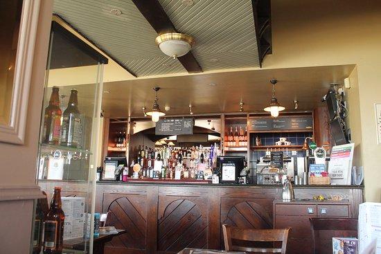 The Central Bar: Bar.