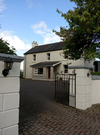 Innishannon, Ierland: Welcome to Grey Gables Farmhouse