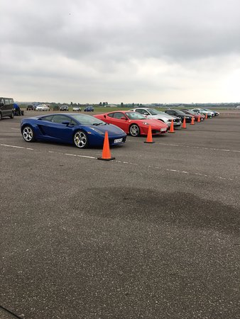 North Weald, UK: Supercar lineup